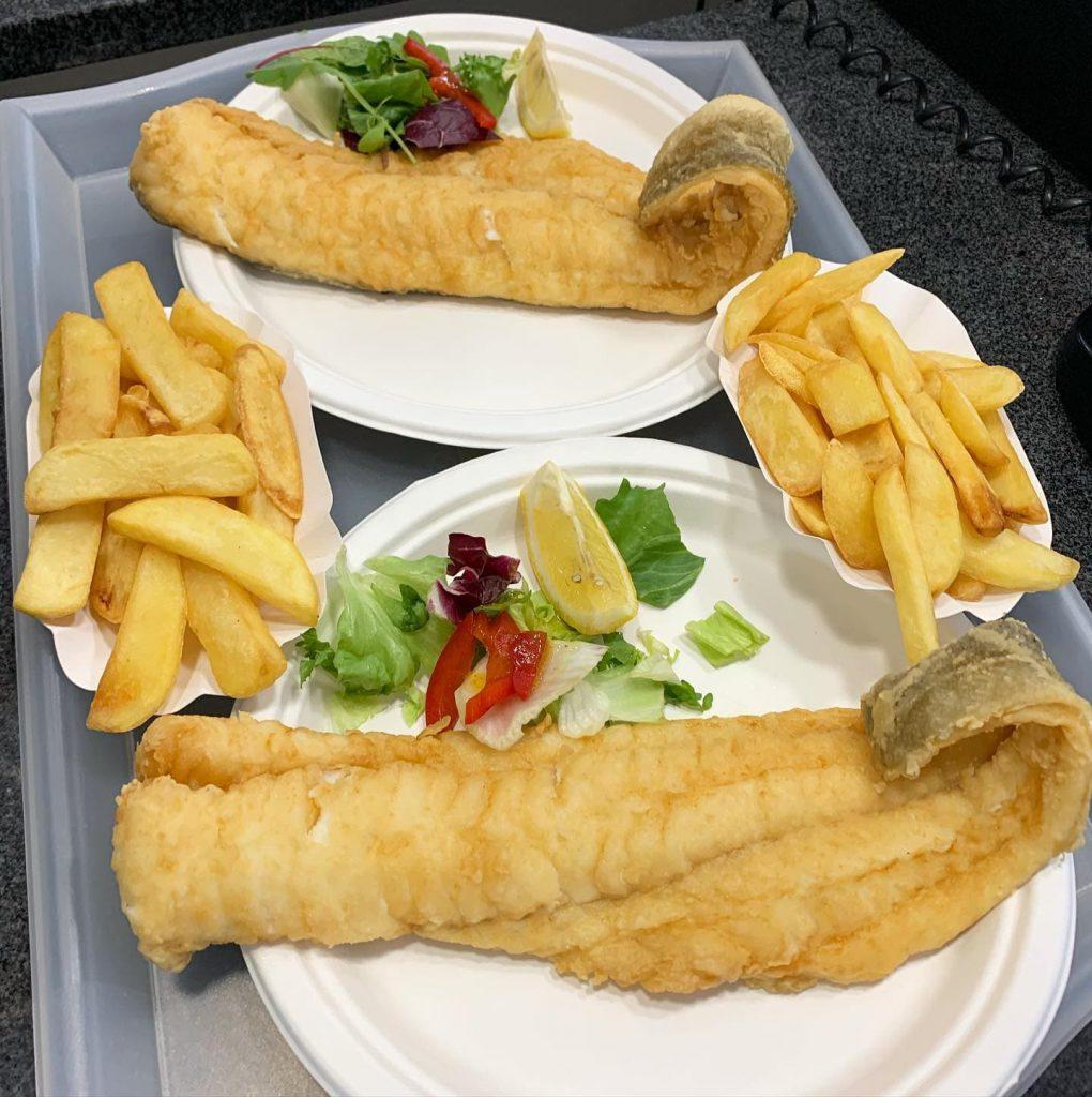 Smażalnia Ryb Kergulena dorsz z frytkami